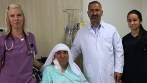 Van'da narkozsuz ameliyat