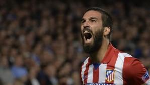 Ardalı Barça Espanyol'a geçit vermedi