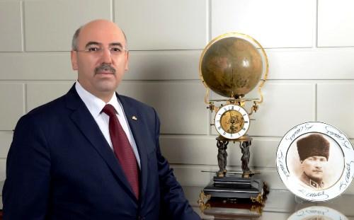 thumbnail_rektor_prof._dr._mahmut_ak_istanbulun_fethini_anlatt__