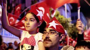 NEVŞEHİR'DE EL ELE GÖNÜL GÖNÜLE DEMOKRASİ NÖBETİNDE 6. GÜN
