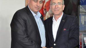 Mustafa Uğur'dan MHP'ye Kutlama Ziyareti